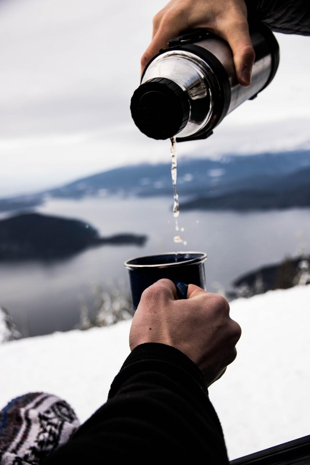 Có nên sử dụng nước tinh khiết thường xuyên?