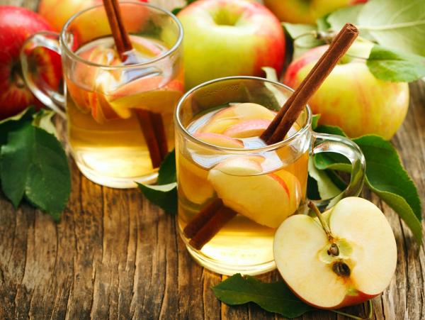 Nước detox từ táo và quế duy trì và giảm cân hiệu quả