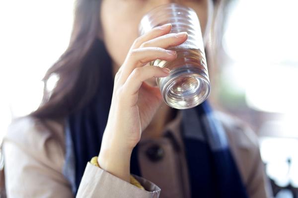 Nước giúp các cơ quan trong cơ thể hoạt động tốt hơn