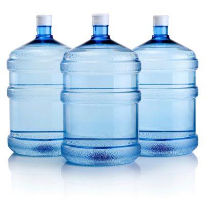 Nước uống đóng bình có tốt không