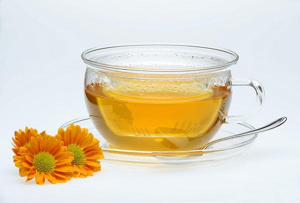 Trà hoa cúc dễ uống, hương vị tự nhiên và có khả năng cải thiện hoạt động của dạ dày tốt