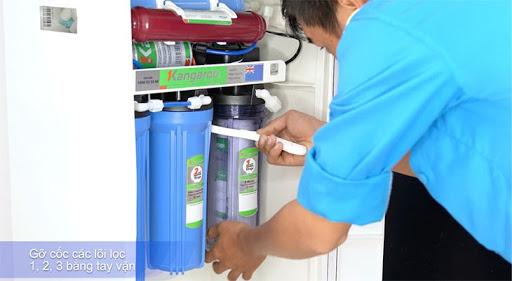 Đảm bảo an toàn khi tiến hành thay lõi lọc nước Kangaroo tại nhà