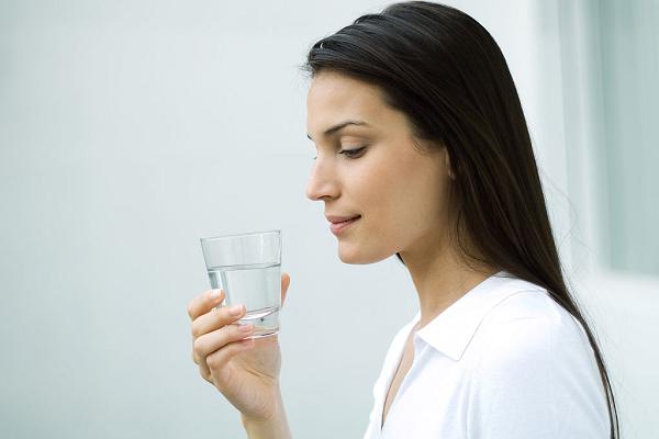 Nước muối còn có thể mang lại tác dụng rất tốt cho hệ tiêu hóa