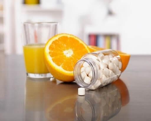 Nước cam sẽ làm mất đi hiệu quả của thuốc