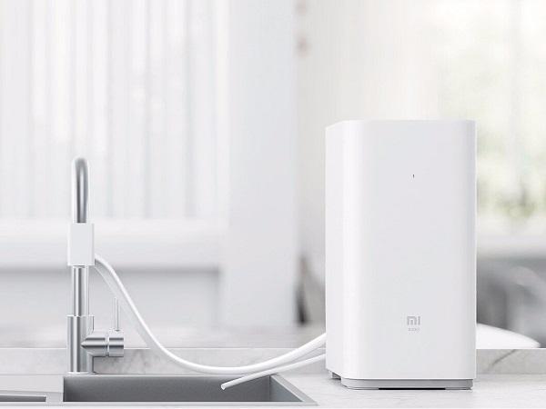 Máy lọc nước Xiaomi thuộc dòng thế hệ 2 có thiết kế nhỏ gọn với thiết kế vòi di động vô cùng tiện lợi với người tiêu dùng.