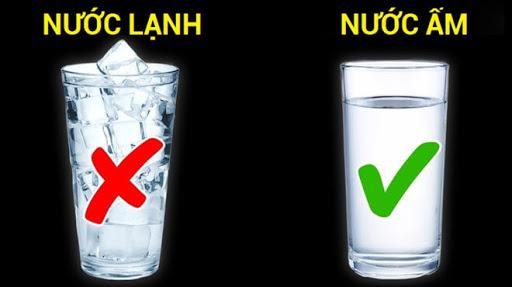 Uống nước lạnh có tốt không là băn khoăn của rất nhiều người