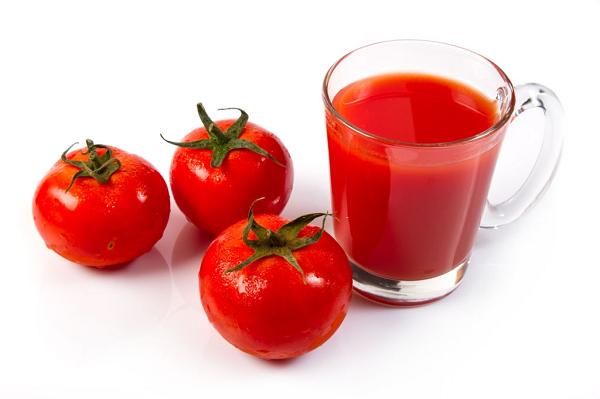 Nước cà chua chứa rất nhiều vitamin tốt cho cơ thể