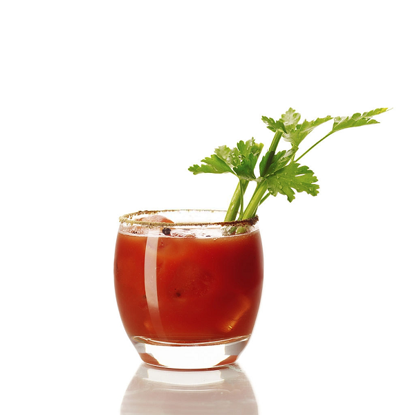 Nước ép từ cà chua giúp cải thiện thị lực rất tốt