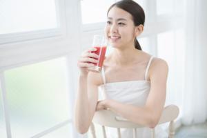 Nước ép từ cà chua để có cơ thể khỏe mạnh và làn da trắng sáng