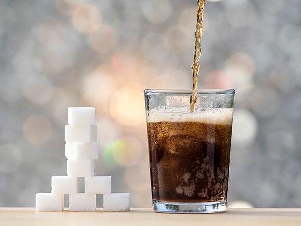 Uống nước ngọt nhiều có tốt không?