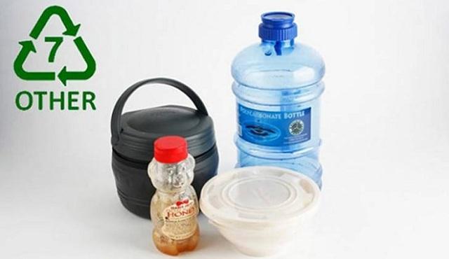 Nhựa Tritan số 7 có an toàn không?