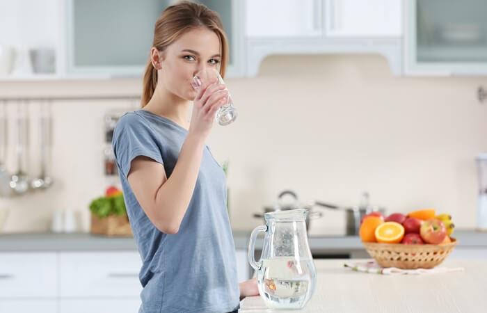 Sử dụng nước tinh khiết được bổ sung khoáng chất có lợi giúp cơ thể luôn khỏe mạnh, tinh thần sảng khoái