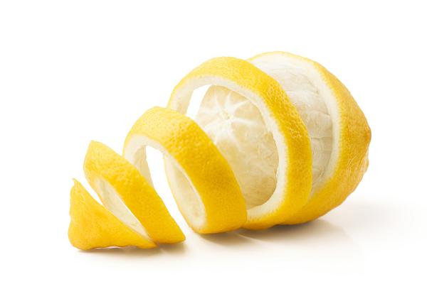 Vitamin C trong vỏ chanh giúp tăng cường hệ miễn dịch
