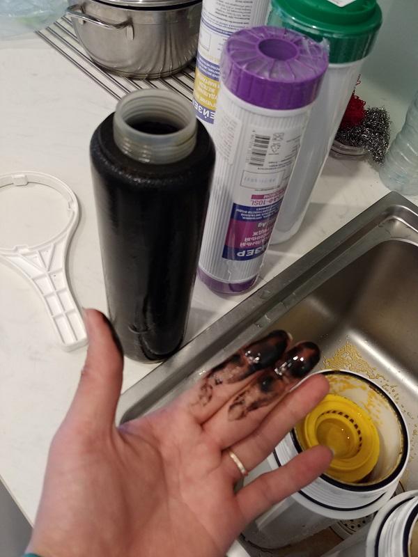 Đừng quên vệ sinh và làm mới lõi lọc định kỳ
