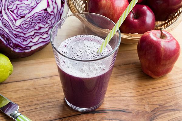 Uống nước bắp cải giúp bạn có sự tỉnh táo và tập trung